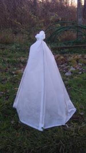 Защита нежных роз от морозов 0,4*0,8м белый белая