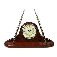 Часы настольные с ручкой