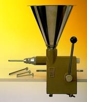Инжектор д/крема; сталь нерж.,пластик; 6л; H=58см; металлич.,черный