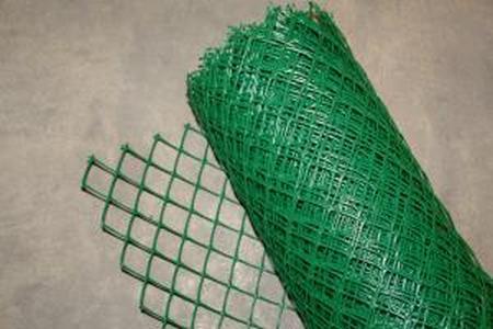 Заборная решетка пластиковая З-35 1,2*20м, 35х35мм (Хаки)